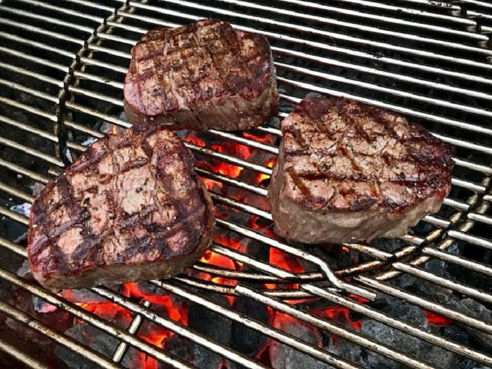 how long to grill filet mignon 2 inches thick