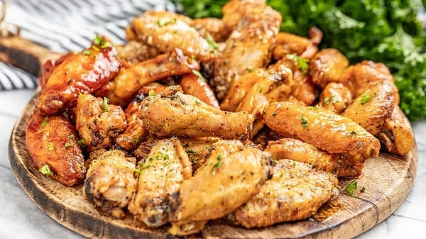how many chicken wings are in a pound
